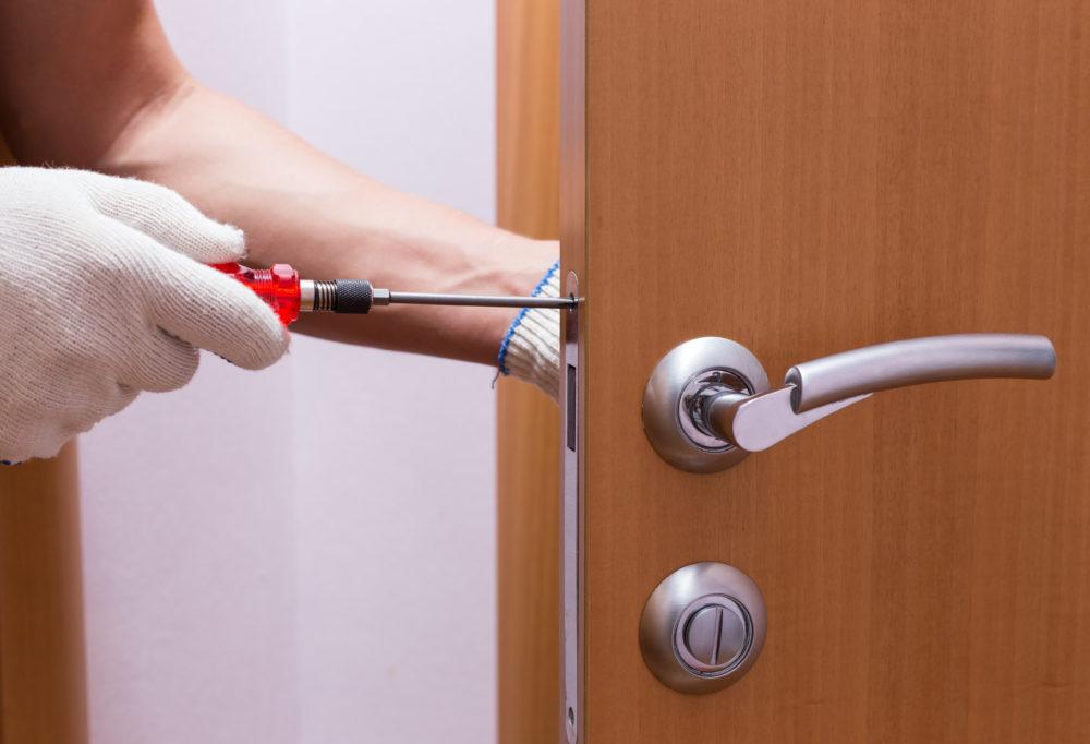 Deadbolt Lock Change, Replace Repair & Install Jamaica, NY